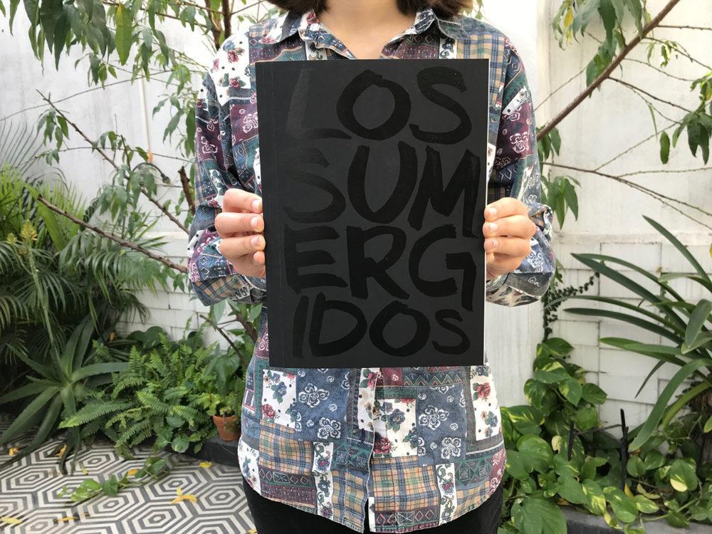 The cover of Los Sumergidos by Alejandro Cartagena
